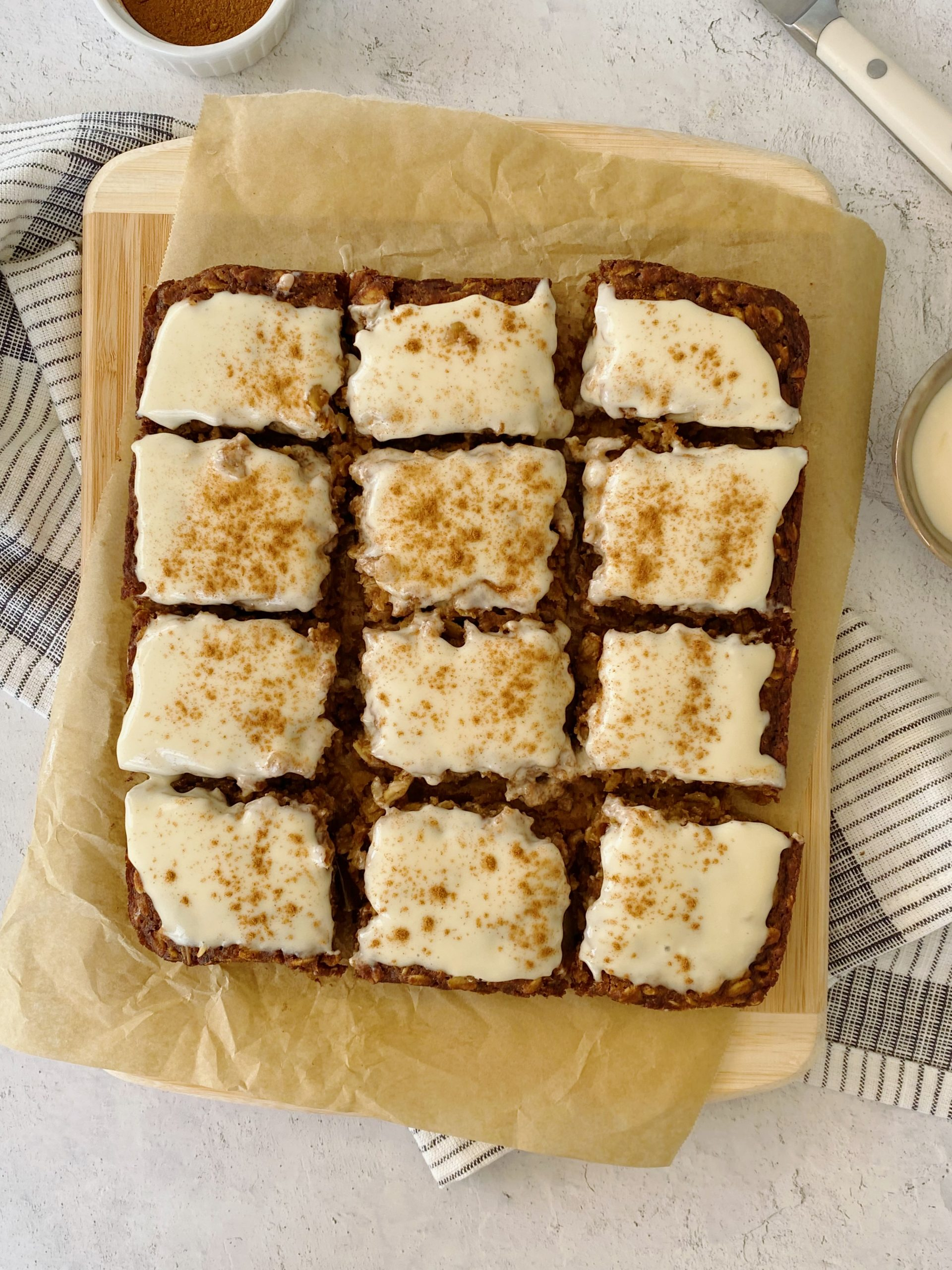 cinnamon oatmeal bars