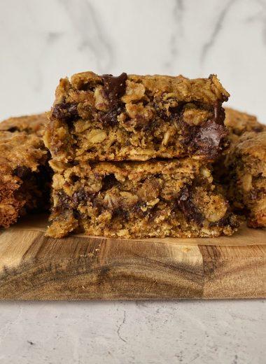 chocolate chip oatmeal bars